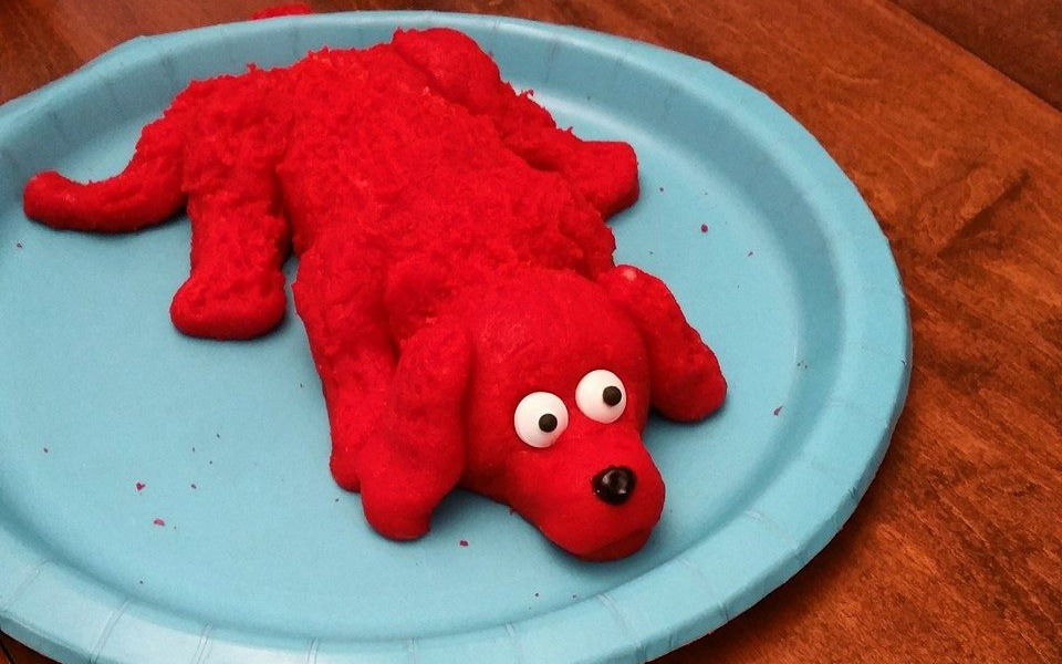 Clifford the Big Red Dog Entry